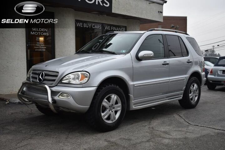 2005_Mercedes-Benz_ML500_4Matic_ Conshohocken PA