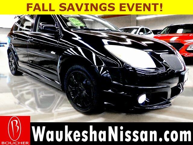 2005 Pontiac Vibe WITH LEATHER & MOONROOF