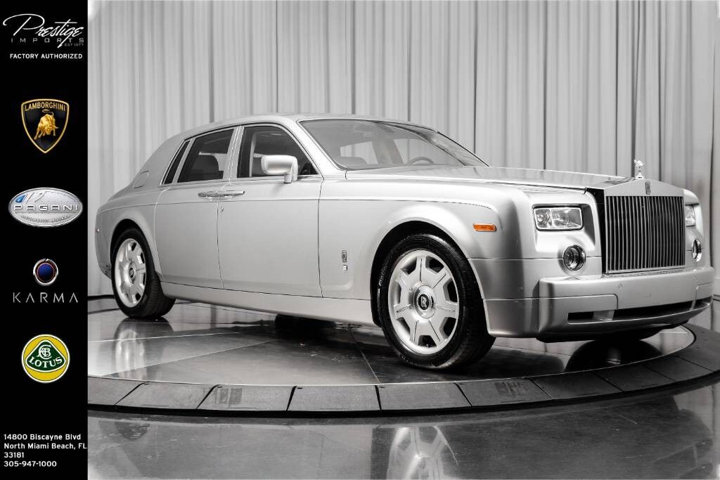 2005_Rolls-Royce_Phantom__ North Miami Beach FL