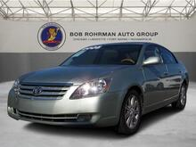 2005_Toyota_AVALON_Limited_