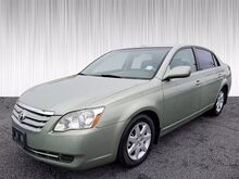 2005_Toyota_Avalon__ Columbus GA