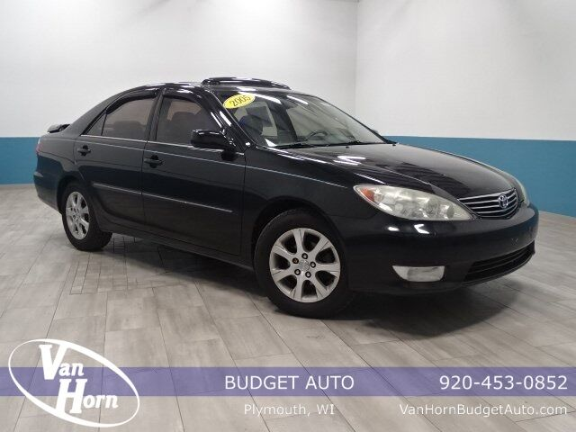 2005 Toyota Camry XLE Plymouth WI