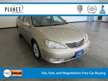 2005 Toyota Camry XLE Golden CO