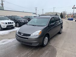 2005_Toyota_Sienna_LE_ Cleveland OH
