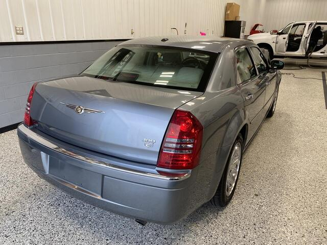 2006 CHRYSLER 300 C 5.7L HEMI V8 Bridgeport WV