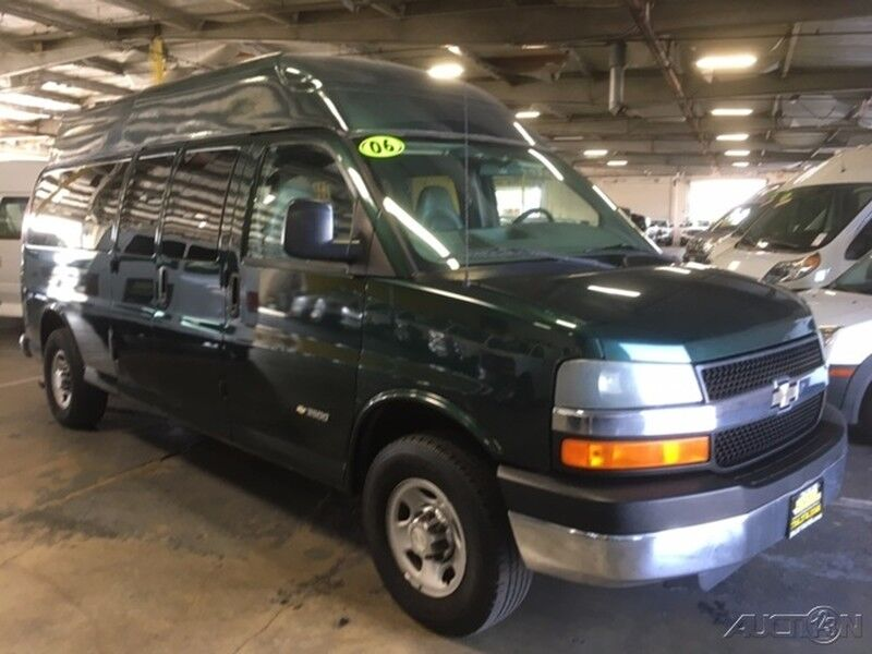2006 Chevrolet Express 3500 Handicap Wheelchair Access Van