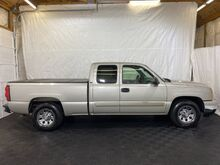 2006_Chevrolet_Silverado 1500_LS Ext. Cab 2WD_ Middletown OH