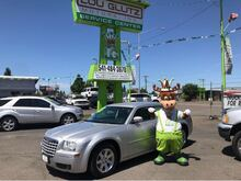 2006_Chrysler_300_Touring_ Eugene OR
