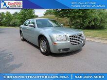 2006_Chrysler_300_Touring_ Martinsburg