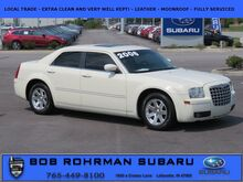 2006_Chrysler_300_Touring_
