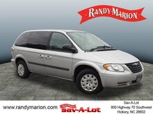 2006_Chrysler_Town & Country_Base_ Hickory NC