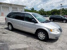 2006_Chrysler_Town & Country LWB_Touring_  FL