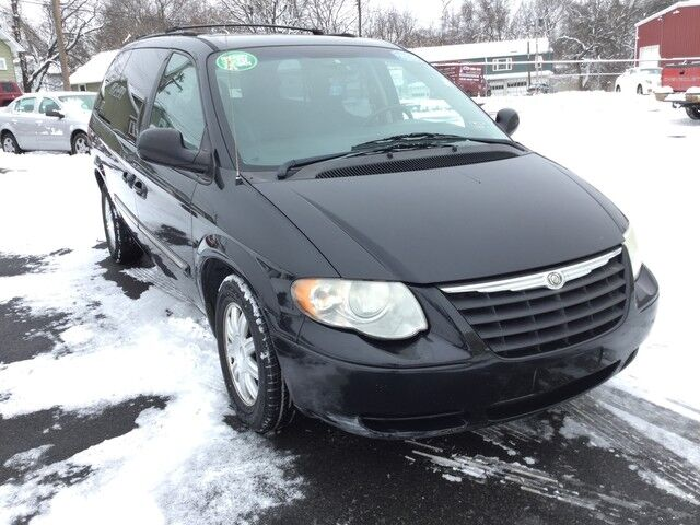 2006 Chrysler Town & Country LWB Touring Easton PA