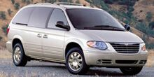 2006_Chrysler_Town & Country LWB_Touring_ Mason City IA