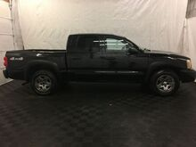 2006_Dodge_Dakota_SLT Quad Cab 4WD_ Middletown OH