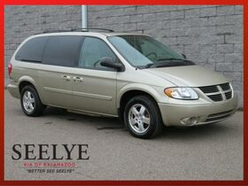 2006_Dodge_Grand Caravan_SXT_ Holland MI
