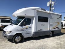 Dodge Sprinter 3500 Winnebago View 23J  2006
