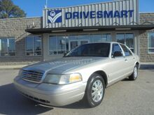 2006_Ford_Crown Victoria_LX_ Columbia SC