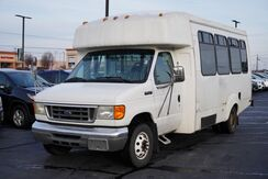 2006_Ford_Econoline Commercial Cutaway__ Fort Wayne Auburn and Kendallville IN