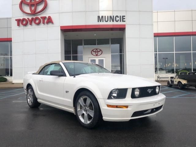 2006 Ford Mustang 2dr Conv GT Deluxe Muncie IN