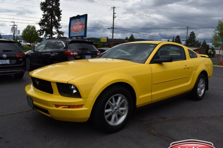 2006 Ford Mustang 2dr Cpe Standard Bend OR