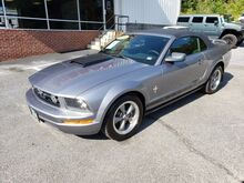 2006_Ford_Mustang_Deluxe_ Covington VA