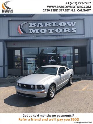 2006_Ford_Mustang_GT_ Calgary AB