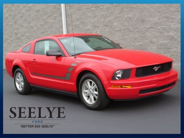 2006 Ford Mustang V6 Paw Paw MI