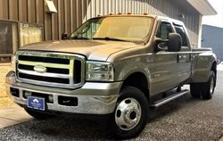 Ford Super Duty F-350 DRW Lariat Crew Cab Long Bed 4WD DRW 2006