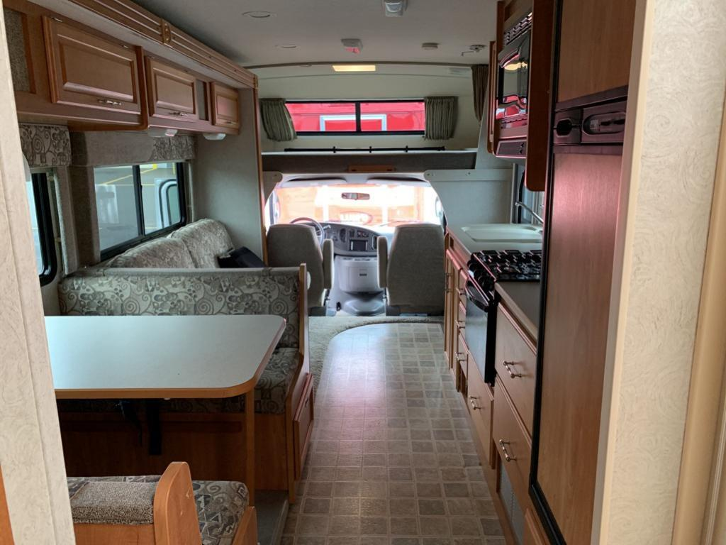 2006 Ford WINNEBAGO OUTLOOK Warrenton OR