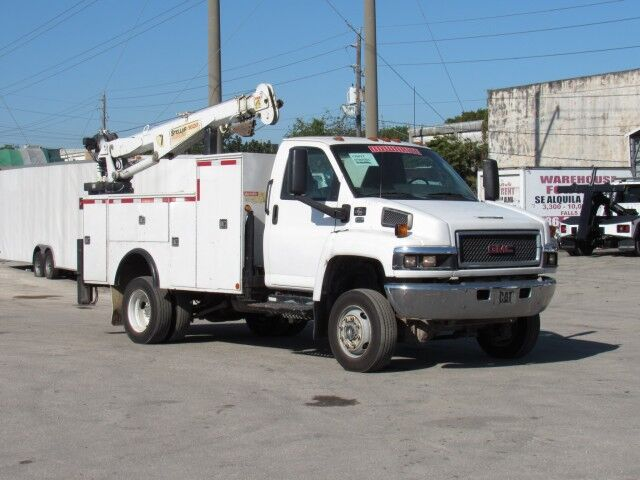 2006 GMC C5500 4x4 Mechanic Service Truck with 6000 Lbs Stellar Crane Miami FL