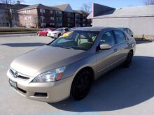 2006_Honda_Accord_LX Sedan AT_ St. Joseph KS