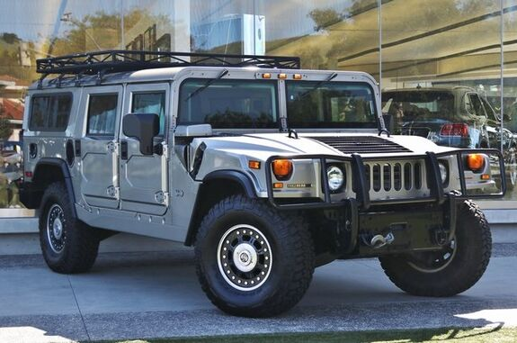 2006_Hummer_H1 Enclosed_Enclosed_ Westlake Village CA