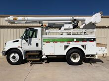 2006_International_4300 Series_Bucket Truck Altec L42M_ Dallas TX