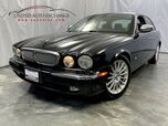 2006 Jaguar XJ XJ8 /4.2L V8 Engine / RWD / Sunroof / Front and Rear Heated Leather Seats / SIRIUS XM Equipped