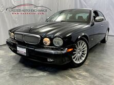 Jaguar XJ XJ8 /4.2L V8 Engine / RWD / Sunroof / Front and Rear Heated Leather Seats / SIRIUS XM Equipped Addison IL