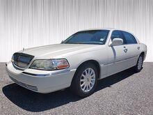 2006_Lincoln_Town Car_Signature_ Columbus GA