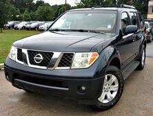 Nissan Pathfinder LE - w/ DVD PLAYER & LEATHER SEATS 2006