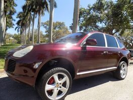 2006_Porsche_Cayenne_Turbo_ Hollywood FL