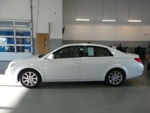 2006_Toyota_Avalon_Limited_ Taylorsville IN