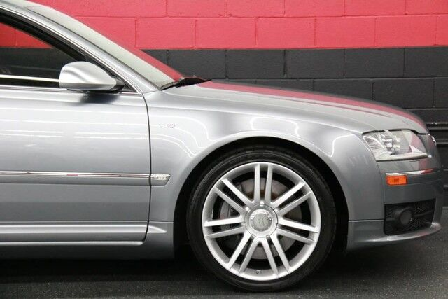 2007 Audi S8 4dr Sedan Chicago IL