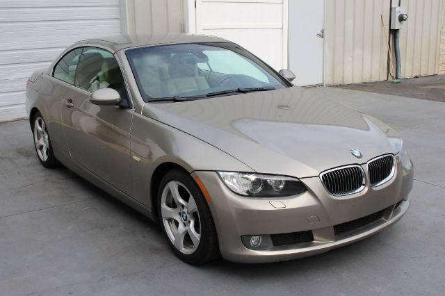 2007 BMW 3 Series 328i Premium Package 3.0L I6 Convertible 29 mpg Knoxville TN
