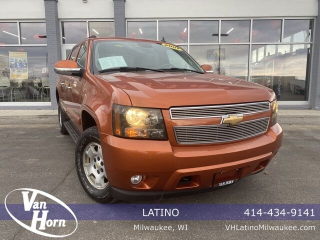 2007 Chevrolet Avalanche 1500 LT Plymouth WI