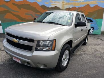 2007_Chevrolet_Avalanche_LS_ Saint Joseph MO