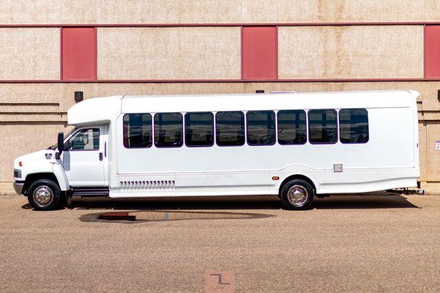 2007 Chevrolet CC5500 34 Passenger Bus Diesel TV Red Deer AB