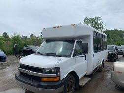 2007_Chevrolet_Express Commercial Cutaway_C7L_ Cleveland OH