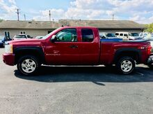 2007_Chevrolet_Silverado 1500_LT1 Ext. Cab 4WD_ Richmond IN