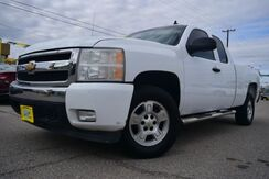 2007_Chevrolet_Silverado 1500_LT1 Ext. Cab Short Box 2WD_ Houston TX