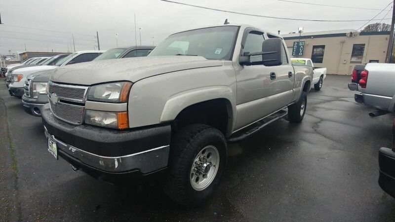 2007 Chevrolet Silverado 2500HD Classic LS Pickup 4D 6 1/2 ft
