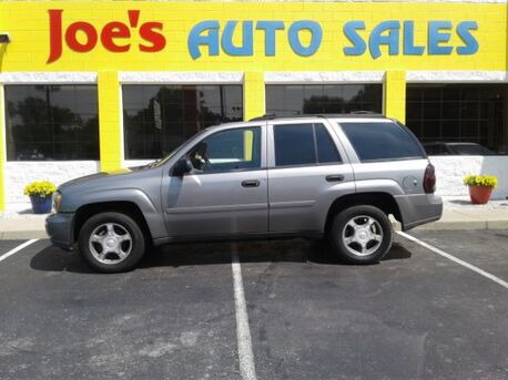 2007_Chevrolet_TrailBlazer_LS1 2WD_ Indianapolis IN